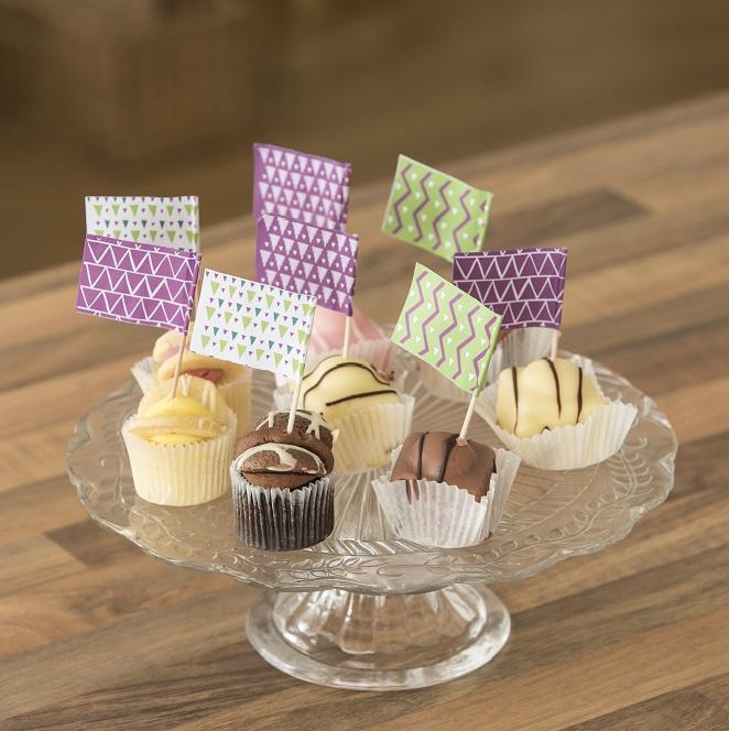 Macmillan flags in cupcakes